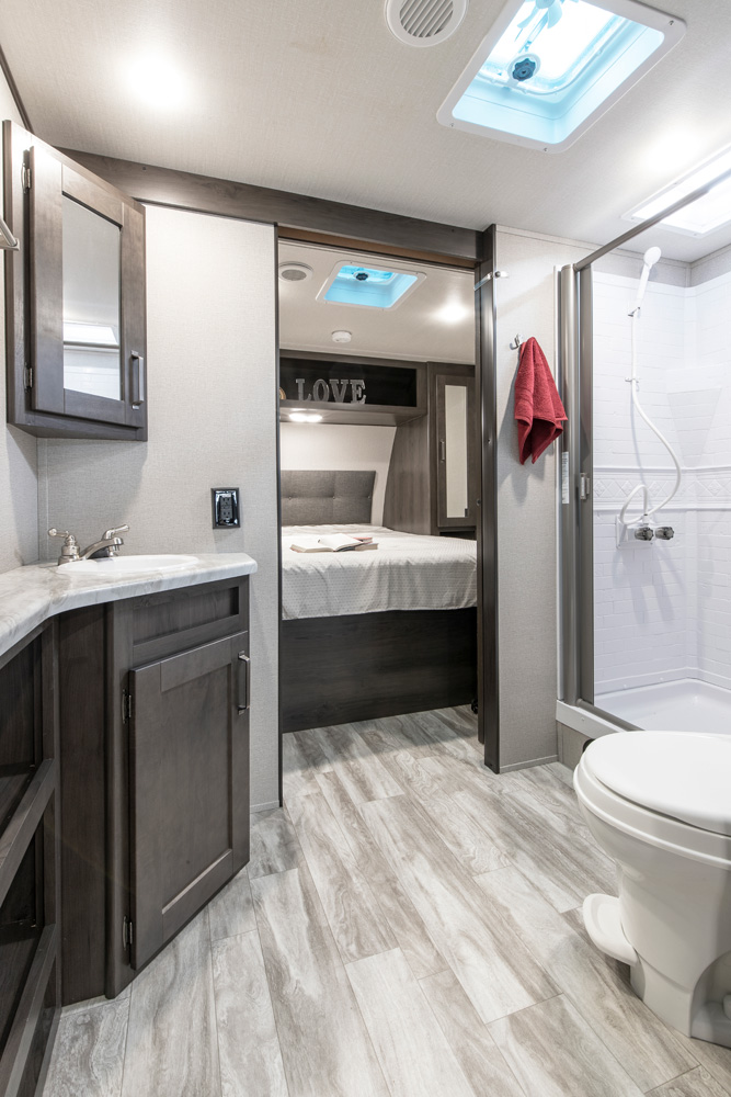 Transcend-265BH-Bathroom-web_0